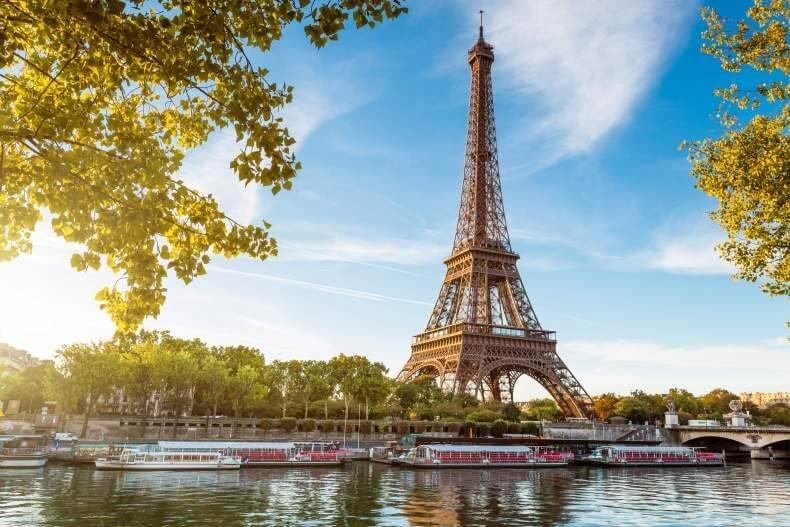 Франция Париж отдых в июне